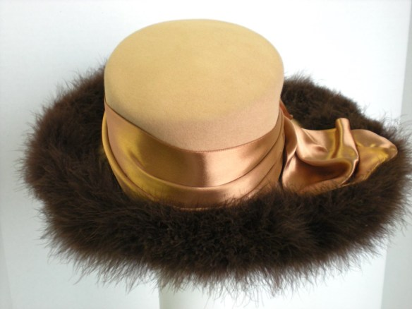 Walter Florell hat back